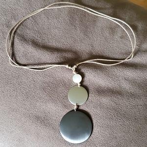 🛍3/$20🛍 Metal drop circle necklace